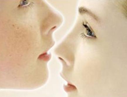 激光祛雀斑对皮肤会有损伤吗